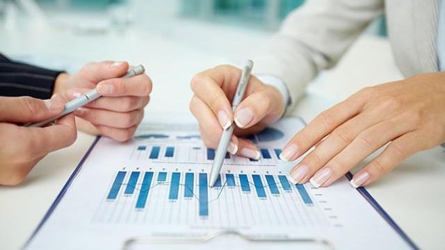 Como Empresas Pequenas Podem Se Beneficiar de Investimentos Internacionais?