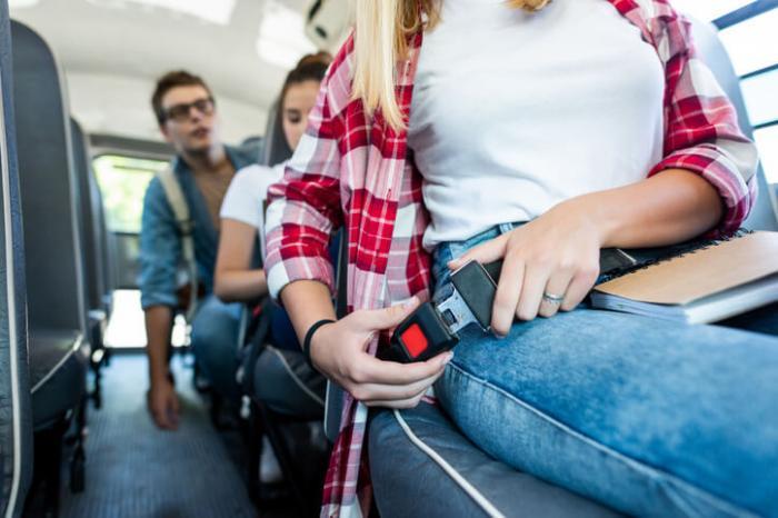 Quais são os seus DIREITOS como passageiro em viagens rodoviárias e aéreas?